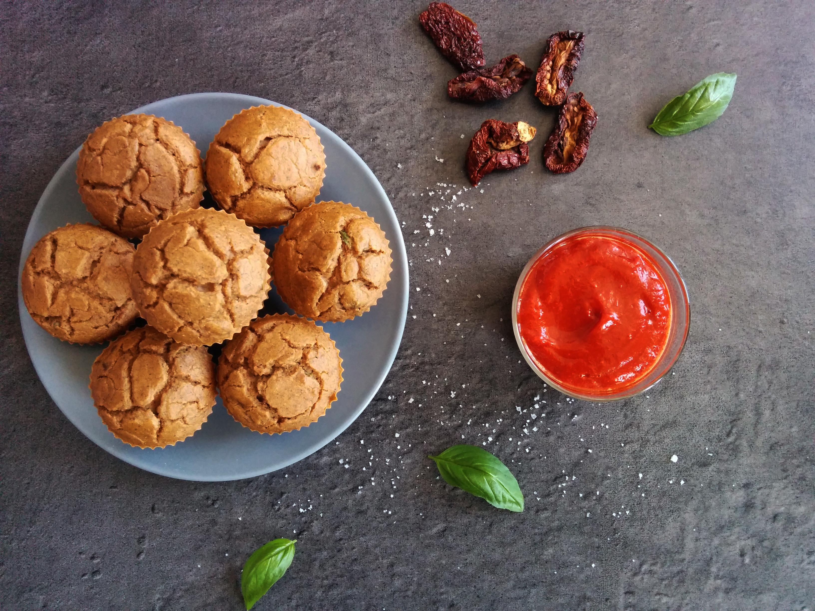 cakes salés tomate et basilic